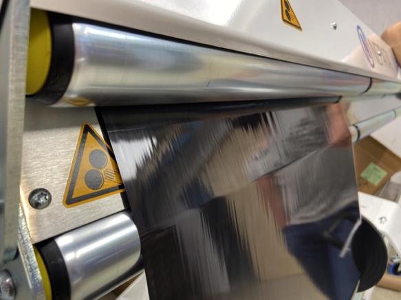 SOLUTIONS: Heißprägefolie umwickeln – perfekt mit hoher Bahnspannung