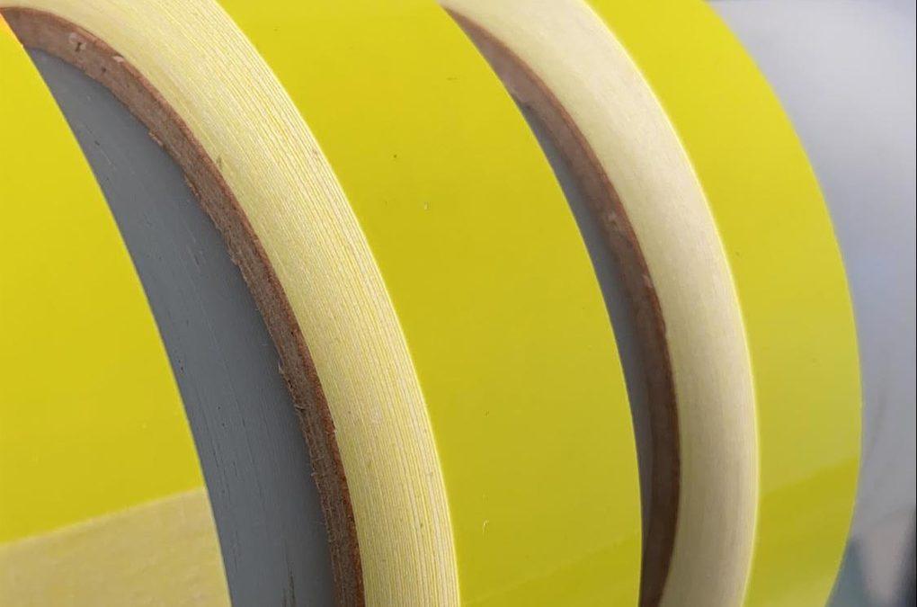 SOLUTIONS: Tapes aus fluoreszierender Folie